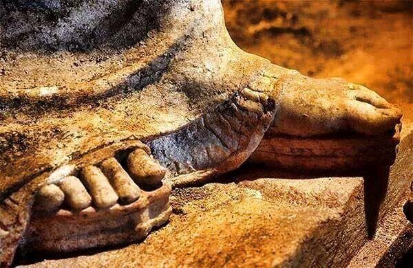 -324- Le pied fétiche